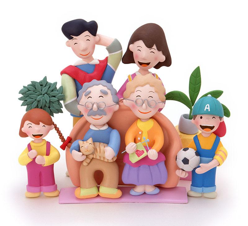 ファミリーイラスト お年寄りを中心に集合する幸せ家族ファミリー   ファミリーイラスト お年寄り