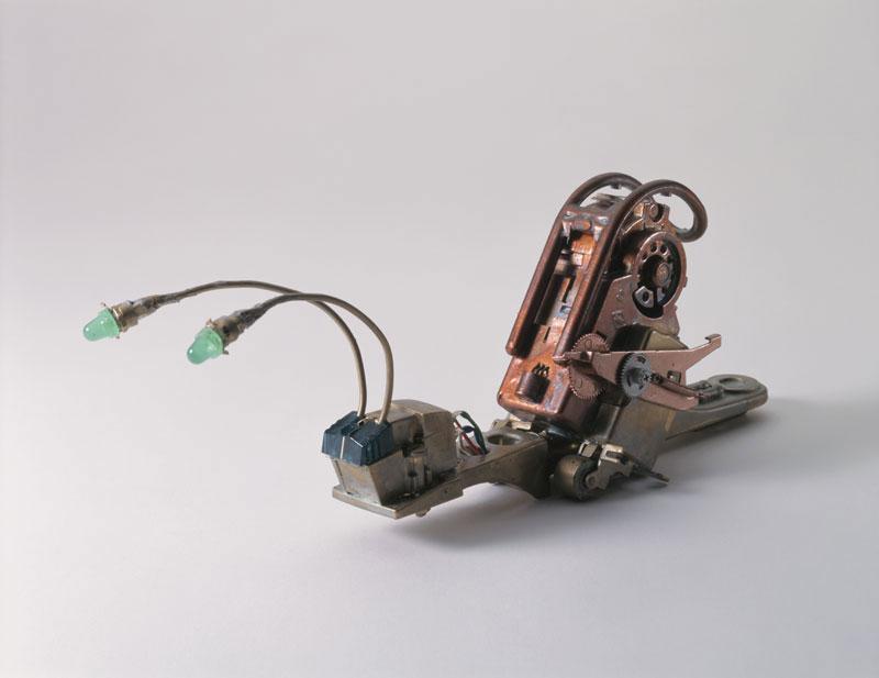 三浦 均 電子パーツで作られた電脳世界のカタツムリイラスト