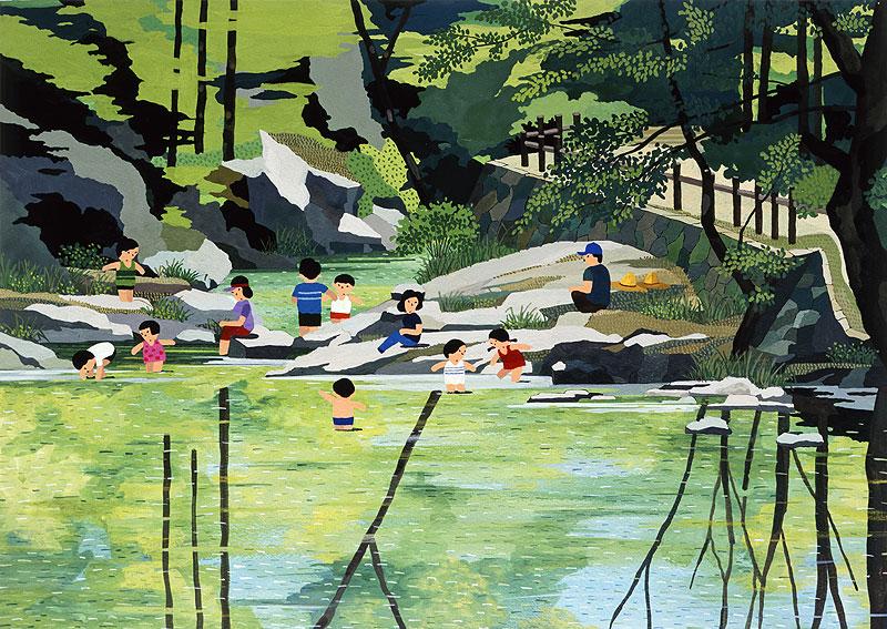 西口保 夏のカレンダーイラスト 山の中にある水辺で遊ぶ子供たちと見守る大人たちイラスト