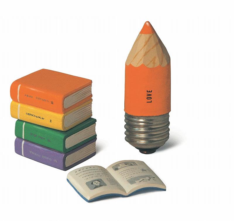 文房具イラスト 立体・鉛筆電球と本