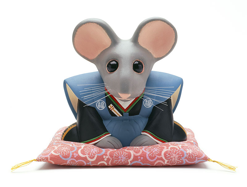 かわいいねずみイラスト 正月座布団に座り裃を着て新年挨拶する干支ネズミ