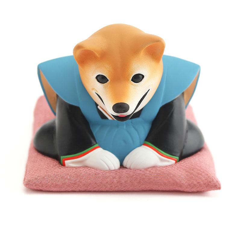 2018年干支「戌」年賀状イラスト 正月挨拶のお辞儀をする着物姿の犬